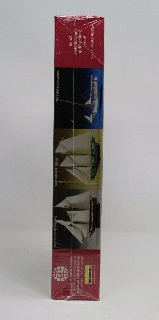 "Lindberg Unassembled Plastic Model Kit Schooner ""Sandpiper"""