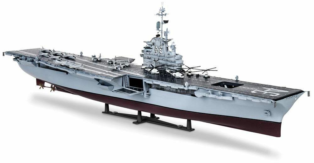 Revell USS Oriskany Carrier 1/530 scale ship model kit new S