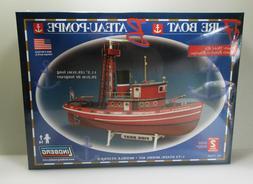 Lindberg Fire Boat Plastic Maritime Ship Model Kit 1/72 - NY
