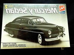 Model Kit 1949 Mercury Sedan 3n1 Kit AMT 1:25