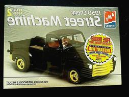 Model Kit 1950 Chevrolet Street Machine Pickup Truck AMT 1:2