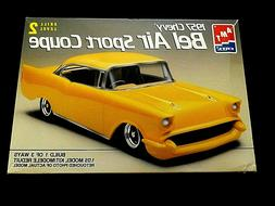 Model Kit 1957 Chevrolet Bel Air Sport Coupe 3n1 Kit AMT 1:2