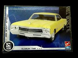 Model Kit 1966 Buick Wildcat AMT Muscle 1:24
