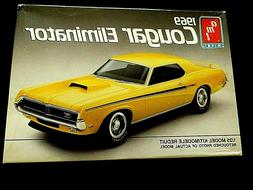 Model Kit 1969 Mercury Cougar Eliminator AMT 1:25