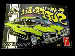 Model Kit 1970 Dodge Super Bee Pro Street AMT Dirty Donny Ed