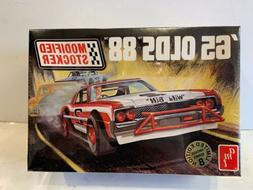 AMT Model Kit 65 Olds 88 Modified Stocker #30143 1:25 Scale