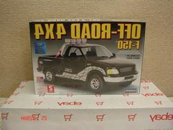 LINDBERG Model Kit 72177 Off-Road 4x4 Ford F-150 Truck 1/25