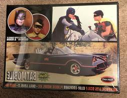 Polar Lights Model Kit Batman Batmobile with Resin Figures o