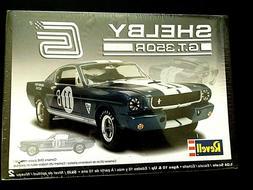 Model Kit Ford Shelby GT350R Mustang Fastback Revell 1:24
