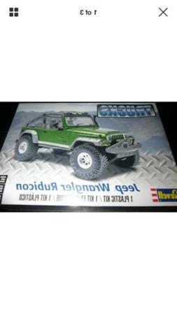 Revell Monogram 85-4053 Jeep Wrangler Rubicon 1/25 MODEL CAR