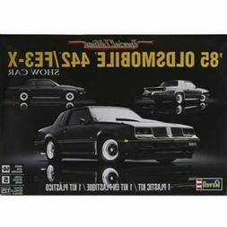 Revell Monogram 4446 1985 Oldsmobile 442/FE3-X Show Car plas