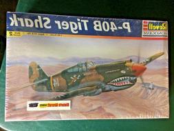 Revell Monogram P-40B TIGER SHARK model kit *sealed* 1:48 sc