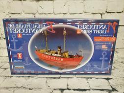 Lindberg Nantucket Light Ship model kit 1/95