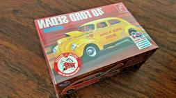 NEW 1940 Ford Sedan Spick n Span Gasser AMT 1:25 Scale Model