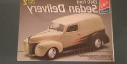 New AMT ERTL 1:25 1940 Ford Sedan Delivery 40 Panel Truck Pl
