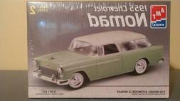 New AMT ERTL 1:25 scale 55 Chevrolet Nomad 1955 Chevy plasti