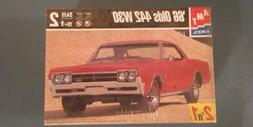 New AMT ERTL 1:25 scale 66 Olds 442 W30 1966 Plastic model k