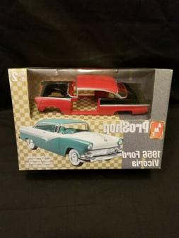 New AMT ProShop 1956 Ford Victoria 1:25 Scale Plastic Model
