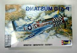 Revell P-51D Mustang Revell Plastic Model Kit airplane Level