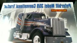 Revell Peterbilt 359 1:25 Scale Lv2 Conventional Tractor Pla