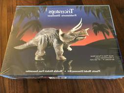 Lindberg Plastic Model Dinosaur Kit 265 - Triceratops - 1987