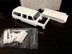 RESIN 1985 CHEVROLET SUBURBAN MODEL CAR KIT