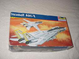 REVELL Large 1/48  F-14A TOMCAT Carrier Fighter MODEL KIT #