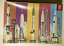 amt, Saturn V Man in Space Set, 5 Complete Rocket Kits in Sa