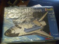 Space Shuttle Atlantis 1:144 Revell Model Kit