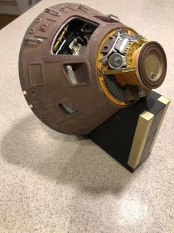 EXECUTIVE SERIES SPACECRAFT MODEL APOLLO 11 CAPSULE 1/25 Sca