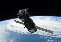 Spacecraft Soyuz TM model kit  scale 1/144