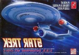 AMT Star Trek USS Enterprise 1701-C Cadet Series 1/2500 Scal