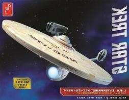 Round 2, LLC 1 537 Star Trek USS Enterprise Refit