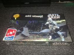 AMT Star Wars Speeder Bike Plastic Model Kit New In Box Fact