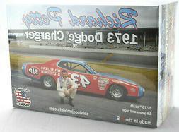 "Salvino JR Models ""STP"" Richard Petty 1973 Dodge Charger 1/2"
