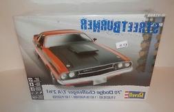 Revell Streetburner 1:24 '70 Dodge Challenger T/A 2'n1 #85-2