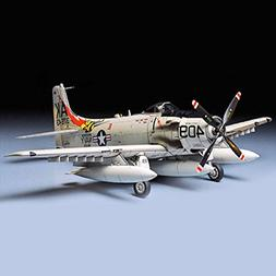 1/48 A1H Skyraider USN