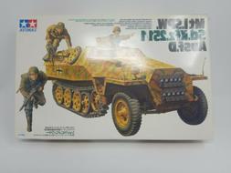 TAMIYA #35195 GERMAN Mt1.SPW. Sd.Kfz.251/1 Ausf.D- KANONENWA