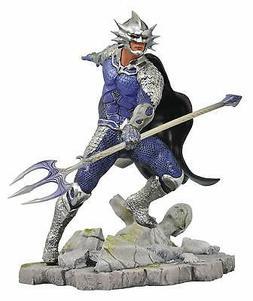 "Diamond Select Toys DC Movie Gallery Aquaman Ocean Master 9"""