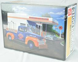 """AMT """"Union 76"""" 1950 Chevy Pickup Truck 1:25 Scale Plastic Mo"""