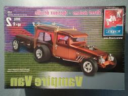 AMT Vampire Van Street Customs Model Kit – 1:25 Scale Kit