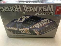 Vintage AMT 1:25 scale NASCAR Maxwell House Thunderbird mode