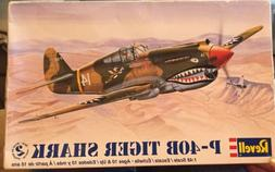 Vintage Revell Monogram 1:48 P-40B Tiger Shark Model Airplan