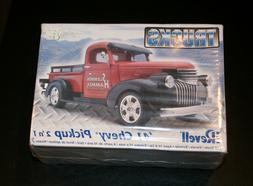 Vintage Revell '41 Chevy Pickup 2 'n 1 1:25 Scale Model New
