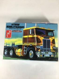 AMT White Freightliner Dual Drive Truck Tractor 1/25 Model K