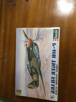 WWII P40B TIGER SHARK REVELL 1:48 SCALE PLASTIC MODEL AIRPLA